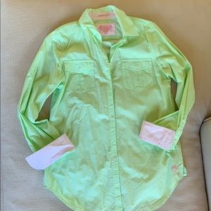 Lilly Pulitzer- resort fit button down shirt